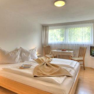 Seepension Hemetsberger - Familienzimmer - Mondsee am Mondsee