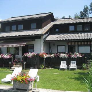 Ferienwohnungen Mistelbauer DIREKT am Faaker See - Ferienwohnung 1 - Egg am Faaker See