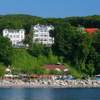 Villa Feodora - Das Haus mit dem einzigartigen Seeblick - Ferienbungalow - Sassnitz