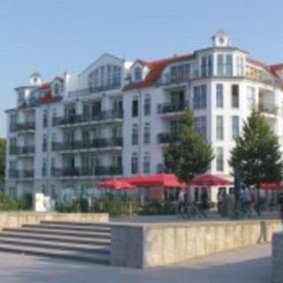 """Appartementhaus """"Atlantik"""" - (168) 3- Raum- Appartement mit Terrasse-Süd-Ostlage - Kühlungsborn"""