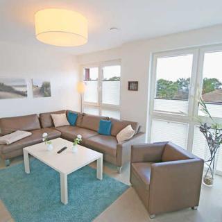 Strandvilla Baabe -F635 | WG 12 mit Meerblick, Kamin, Sauna - Strandvilla Baabe | WG 12 mit 2 Balkonen - Baabe