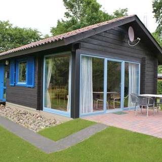 Blockhaus ideal für bis zu 4 Personen- mit Kamin - strandnah - modernes Blockhaus in Strandnähe - Damp