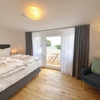 Sassnitz - Villa Jenny - RZV - Wohnung 4, 2 Zimmer, Loggia, Balkon, 1.OG - Sassnitz