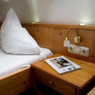 Pension KNOLL am Attersee - Zimmer de luxe - Schörfling am Attersee