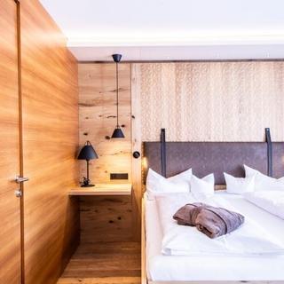 Alpen Hotel Post**** - Doppelzimmer de Luxe - Au
