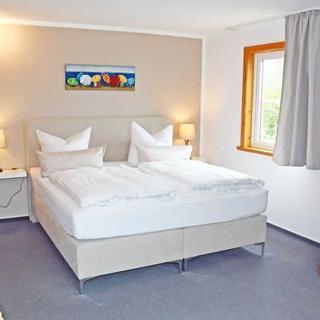 Hotel Insel Glück am Nationalpark Jasmund - Doppelzimmer II mit Balkon - Hagen