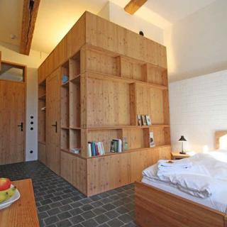 Kultur Gut Hasselburg - Gästezimmer Twin Betten - Debussy - Altenkrempe