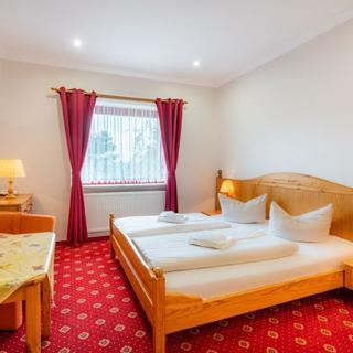 "Hotel ""Am Gothensee"" - Doppelzimmer  inkl. ÜF - Heringsdorf"