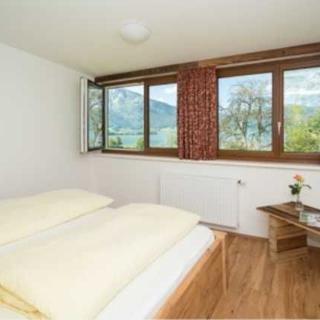 Gästehaus Kasbichler - Doppelzimmer mit Seeblick - St. Wolfgang im Salzkammergut