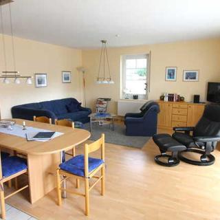 Villa Elsa Wohnung 9, nur 150 m vom Strand entfernt - Rerik