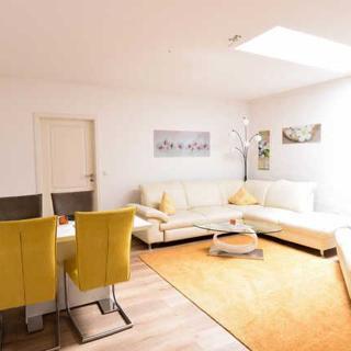 Haus Shiralee - Große, moderne Wohnung im Herzen von Warnemünde - Rostock
