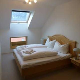 Apparthaus Sonnenberg - Two Bedroom Apartment with Balcony - Haus im Ennstal