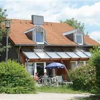 Ferienhaus-Apartmentanlage am Kellerberg - Ferienhaus Nr. 75 mit handgeschreinerten Möbeln - Zandt