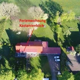 Ferienwohnungen Ramitz - Ferienwohnung Kastanienblick mit Kamin - Thesenvitz
