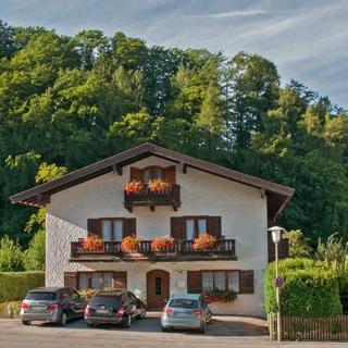 Gästehaus Max-Josef - FeWo2 - Tegernsee