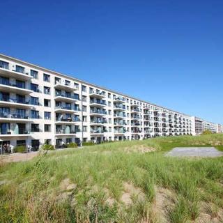 Apartement Prora Solitaire - APS02: direkt am Strand, Terrasse, Schwimmbad, Sauna, WLan - Prora