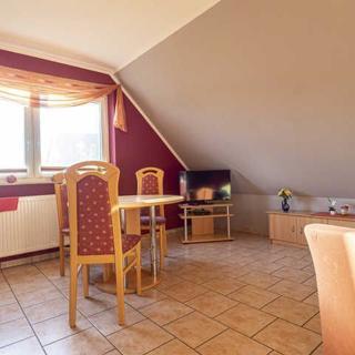 Glowe Ferienhaus Karola RZV - Ferienwohnung im EG  -  3 Zimmer, 4 Personen - Glowe