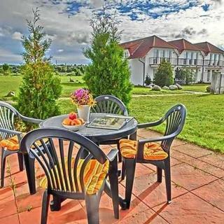 Komfort Fewo - Nähe Glowe - Komfortferienwohnung  mit Terrasse - Neddesitz