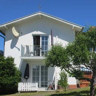 Ferienhaus am Schmachter See - 1-Raum-Appartement - Binz