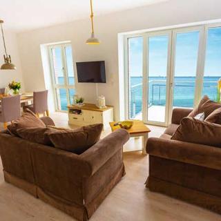 Komfort-Ferienwohnung Waterkant - Meerblick-Wohnzimmer-Balkon-Küche-2 Schlafzimmer-2 Bäder - Kappeln-Olpenitz