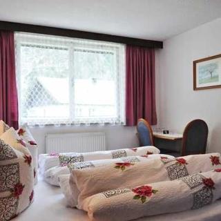 Gästehaus Ennemoser - Ferienwohnung 4-9 Personen - Längenfeld