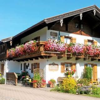 DEB 031 Ferienwohnungen mit Bergblick in Inzell - Ferienwohnungen Falkenstein mit Bergblick und Terrasse - Inzell