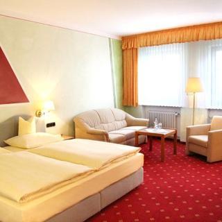 Hotel-Garni Goldener Schwan - Doppelzimmer - Bad Windsheim