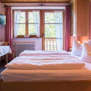 Gästehaus Becher, Kreuth-Point - Doppelzimmer 2+4 - Kreuth