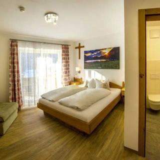Appartments und Pension Mariandl - Doppelzimmer mit Balkon - Nesselwängle