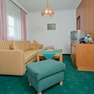 Pension Garni Appartement Ortner - Appartement für 2 Personen - St. Johann in Tirol