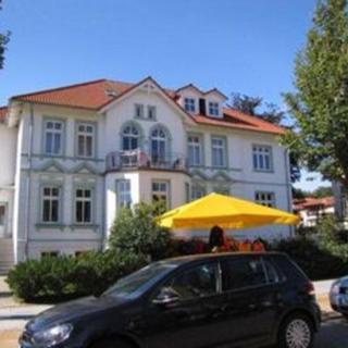 """Appartementhaus """"Sanssouci"""" - (7/2) 2- Raum- Appartement-Strandstraße - Kühlungsborn"""
