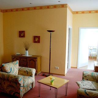 Bei Warnemünde: Ferienwohnung Mecklenburg - Apartment - Elmenhorst-Lichtenhagen
