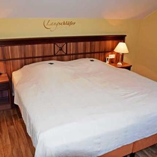 Gutshaus-Appartements mit Kamin, Sauna und Außenpool ***** - Ferienappartements I (***** Sterne) - Garz