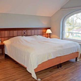Gutshaus-Appartements mit Kamin, Sauna und Außenpool ***** - Ferienappartements II (***** Sterne) - Garz